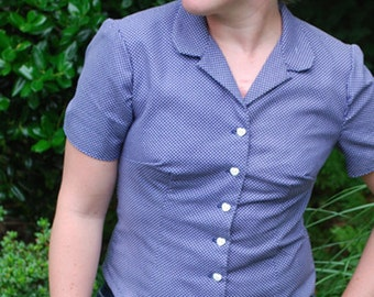 Blue and White Polka Dots Women's Short Sleeve Blouse with Heart Buttons Size Medium