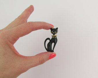 Vintage 1970s Black Enamel Cat Brooch - Le Chat Noir