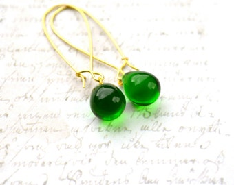 Green Drop Earrings, Emerald Green Earrings, Beaded Earrings, Glass Teardrop Earrings, Kelly Green Long Dangle Earrings, Green Wedding, UK