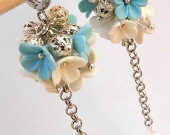Flower earrings - Spring earrings - Light blue earrings - Dangle earrings -  Polymer earrings