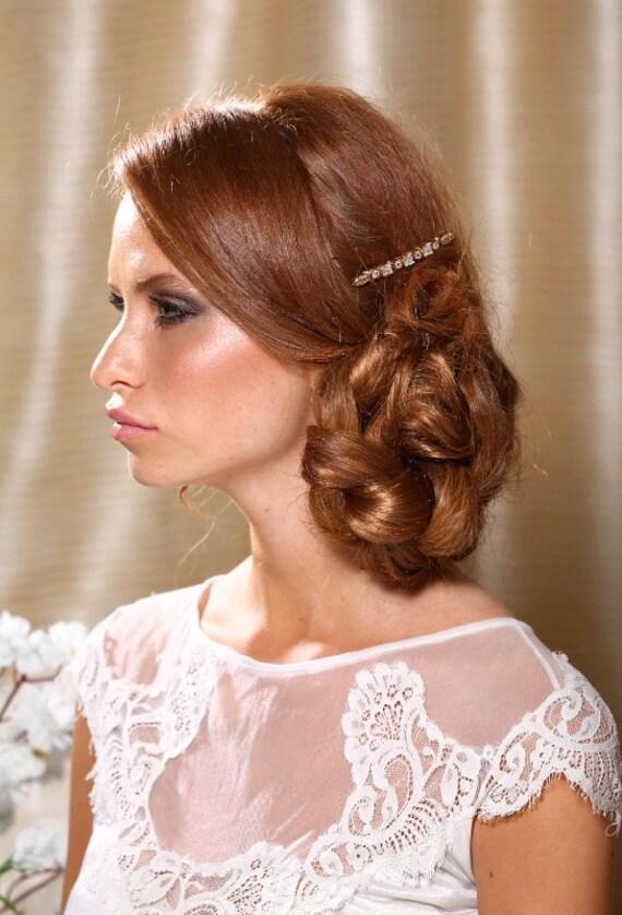 Swarovski crystals hair comb. Inlaid hair comb. Bridal gold sparkly hair piece.
