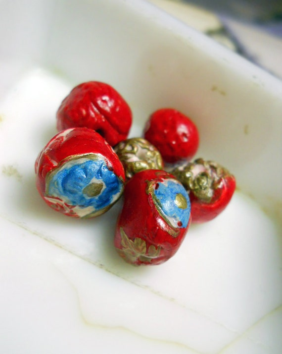 Polymer Clay Beads - 6 Rustic Floral Beads -  Fancy Textured Rounds, Metallic Gold, Bright Red, Blue Flowers - Polymer Clay Art Bead Set