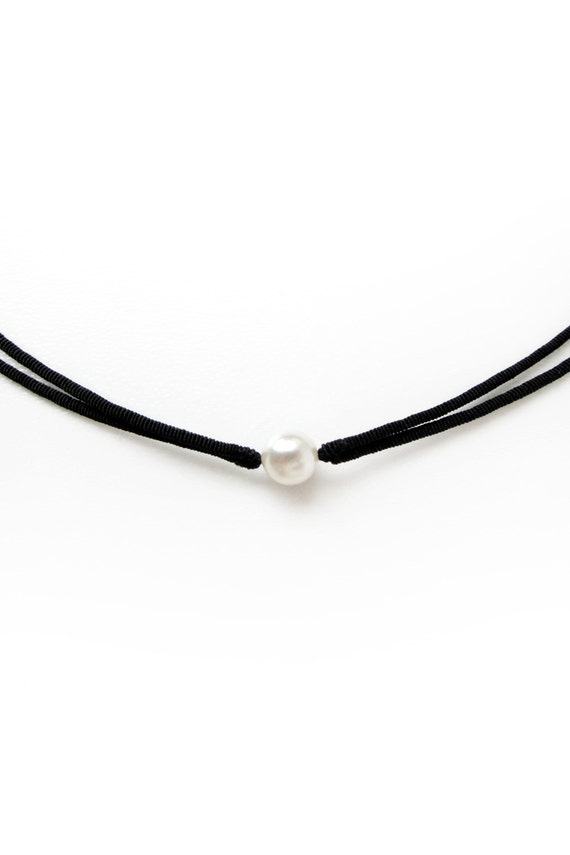 Items Similar To Small White Pearl Choker Necklace Black