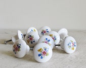 10 White Floral Motif Ceramic Knobs