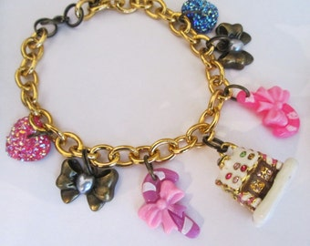 Gingerbread House Bracelet