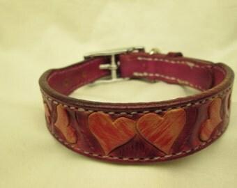 Pink leather dog collar , luxury dog collar , floating hearts leather collar, Medium pink collar , Jack Russell collar, cavalier collar