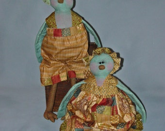 "Betty and Blu Birt: 14"" Spring Birds Rag Doll Couple"