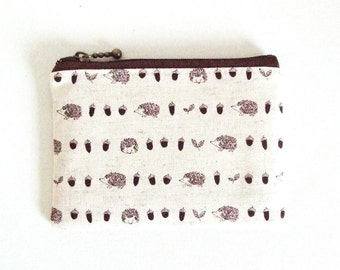 Mini zipper pouch  - Hedgehog and acorns in natural