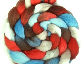 Handpainted Superfine Merino Wool Roving - 4 oz. AMERICAN DINER - Spinning Fiber