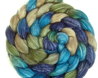 Handpainted Glitter Roving Superwash Merino Silver Stellina - 4 oz. BLUE EYES - Spinning Fiber