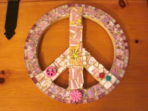 Retro Pink Peace Sign Broken PLate Wall Hanging Art Mosaic Home Decor Vintage Tiles