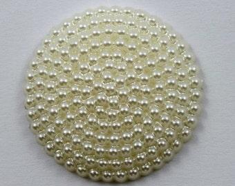 26mm Round Cream Beaded Cabochon #535