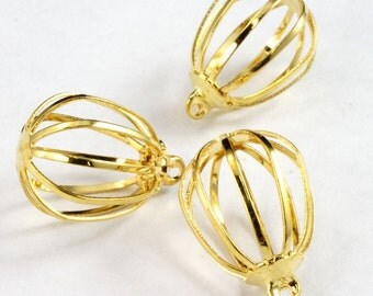 18mm Gold Cage Pendant (4 Pcs)  #2836