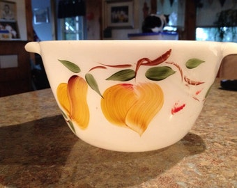 Anchor Hocking Gay Fad fruit bowl with handles