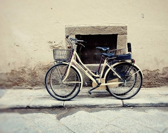 florence italy photography, street photograph, bicycle decor, italian decor, travel, europe photography, F09
