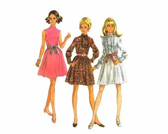 1960s Full Skirt Dress McCalls 9509 Vintage Sewing Pattern Junior Petite Size 9 Bust 33 UNCUT