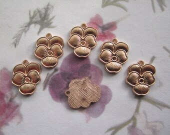 Pansy Flower Brass Charms on Etsy x 6