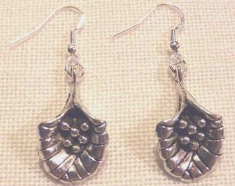 Tibet Silver Earrings / Flowers