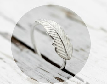 Feather ring -  sterling silver ring