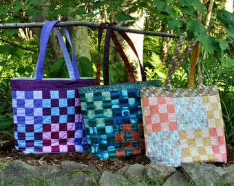 PDF Patchwork Tote Bag PATTERN, Large Quilted Tote, Sixteen Patch, Uses Fat Quarters
