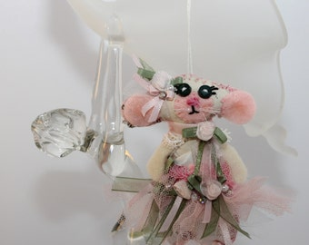 Tiny Dancer Inspired Ballerina Quilty Critter Mousie - OOAK, Folk Art, Pinks