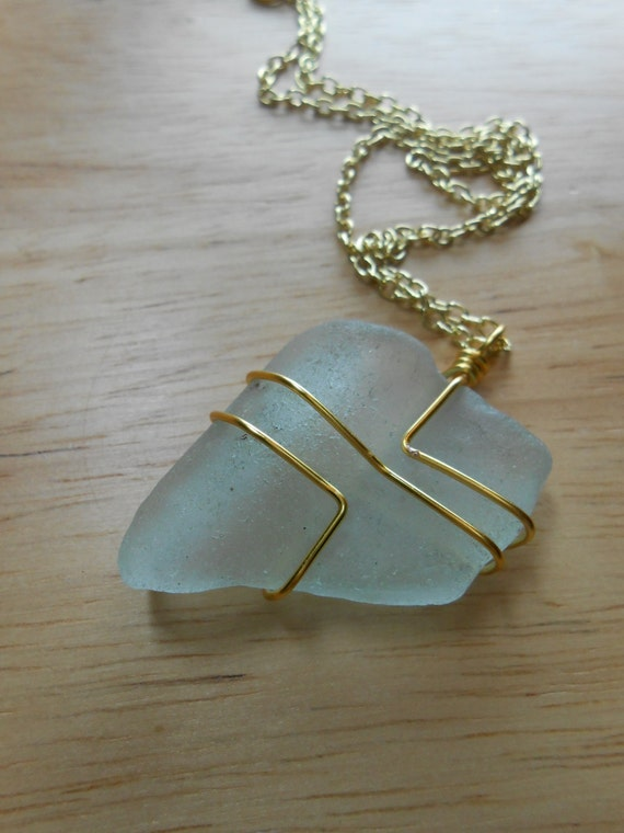 Sea glass jewelry wire wrapped beach glass necklace in the for How to make rock jewelry