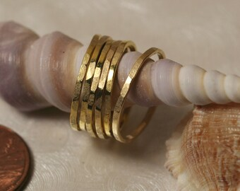 Hand hammered gold tone midi ring, knuckle ring, stack rings, 2 pcs (item ID SRGP)
