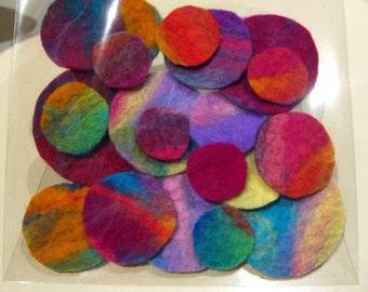 Gorgeous packet of 20 handmade felt circles!