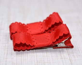 Red Scalloped Edge Hair Clips Basic Tuxedo Clips Alligator Non Slip Barrettes for Babies Toddler Girl