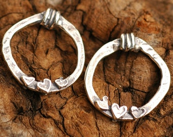 Two Artisan 3 Hearts Link in Sterling Silver, L-43