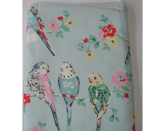 "Kindle 6 Wi-Fi Paperwhite or Kindle Touch 6"" Nook or Kobo Case Cover Sleeve Pouch Blue Pink Cath Kidston Big Budgies Budgerigar Bird Birds"