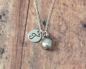 Apple initial necklace - teacher necklace, silver apple necklace, fruit necklace, apple jewelry, teacher gift, apple pendant necklace