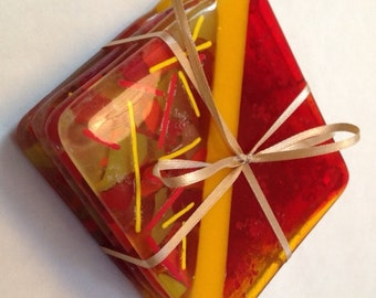 Coasters Set, Fused Glass Lotsa Red, Item 1153
