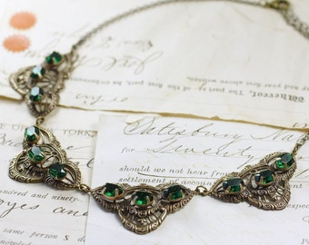 Emerald necklace crystal filigree brass green jewels collar rhinestone gem antique style vintage bridal jewelry bronze