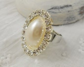 Button Ring Adjustable - Oval Pearl Crystal Rhinestone Button