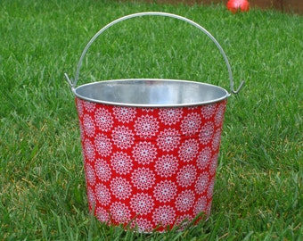 Ruby Red Scalloped Lace Flowers Galvanized Metal Jr Bucket