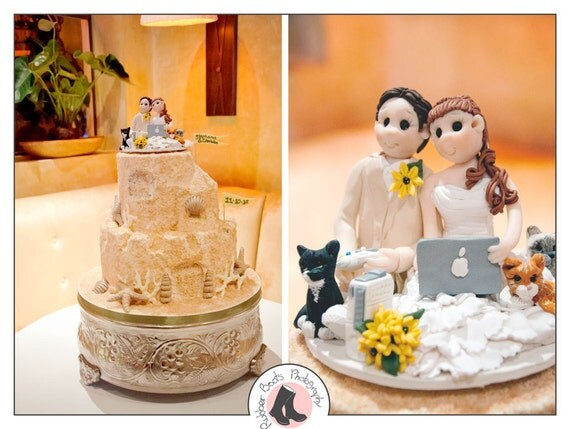 Destination Wedding Gift For Bride And Groom : Bride and Groom destination Wedding Cake topper
