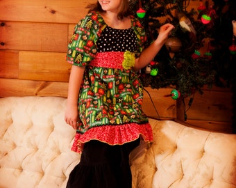 """Girls  """"MODERN CHRISTMAS"""" collection """"Abby""""  tunic and """"Bella""""  pant  sizes   12 - 18 - 24 mth 2T- 3 4/5 6/7 8/9 -- glitter holiday print"""