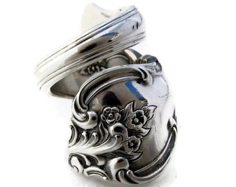 Wrapped Spoon Ring Orleans Pattern Deep Silver