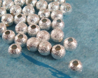 50 Silver Stardust Beads 4mm Round Brass - 50 pc - M7055-S50