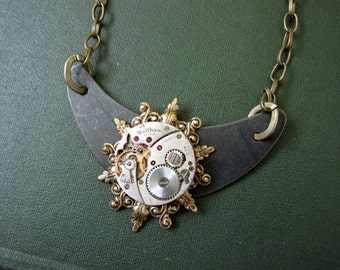 Steampunk Necklace, Cosplay Jewelry, Women's Steampunk, Men, Noir, Watch Movement,  Black, Clockworks, Gears, Gothic, Goth
