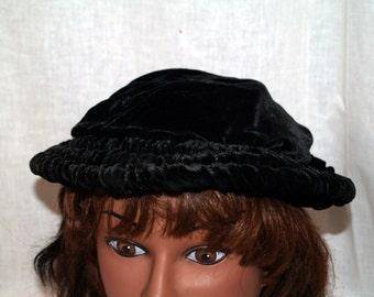 Black velvet ruched antique cap hat vintage