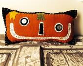 Primitive Smiley Pumpkin Pillow