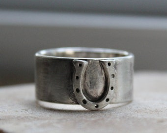 Wide Equestrian Horseshoe Ring