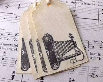 Vintage Camera gift tags // Set of 6 // Black and Creme