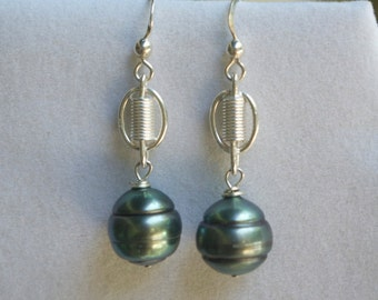 Tahitian Pearl Link Earrings