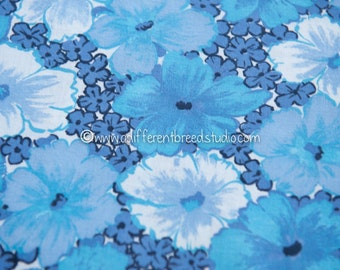 Oh So Blue - Vintage Fabric Mod Flowers 60s Juvenile Floral Novelty 37 in wide