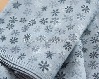 Gray Daisies - Vintage Fabric Mod Flowers 70s Floral Novelty New Old Stock