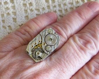 Steampunk Ring ANTIQUE Watch movement 17 jewels ILLINOIS vintage parts mechanical vintage wristwatch jewelry 5