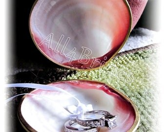 Seashell clam ring holder - ring bearer seashell box, beach wedding ring pillow, proposal ring box.